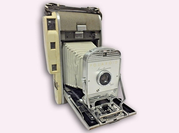 Model 95 Land camera